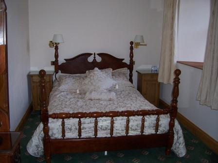 Dog Friendly hotels - Craig y Nos Castle in Wales AB16 bedroom