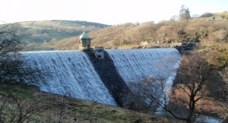Dog walking Wales -  Elan Village Reservoirs