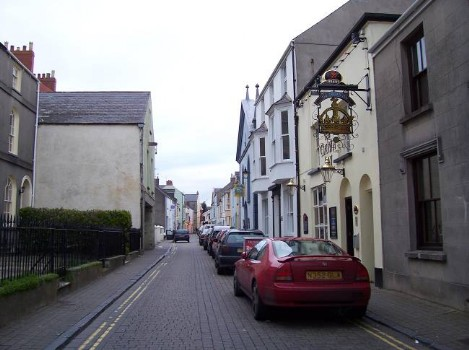 Dog Friendly B&B Wales - a dog's day out in Tenby, parked cars