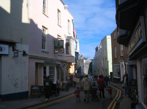 Dog Friendly B&B Wales - a dog's day out in Tenby town centre streets